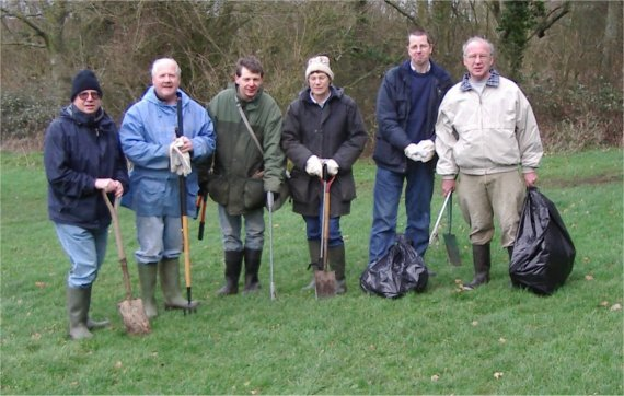 A conservation volunteering work morning at Wapley Bushes